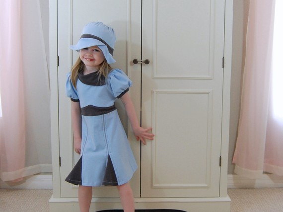 1940&#039;s inspired dress and hat set in pale blue and gray jersey knit